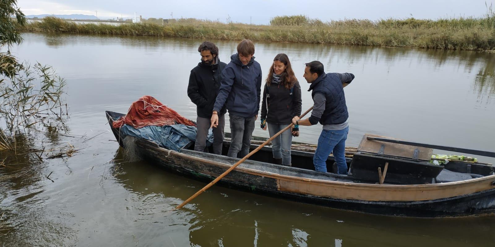 Pesca artesanal en la Albufera de València
